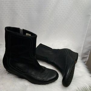 Ladies sz 11 Merrell Wisteria black boots